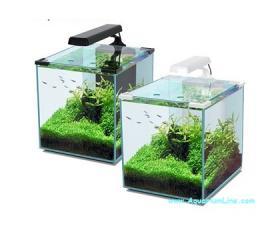 Aquatlantis nano cubic negozio acquari for Acquario bianco usato